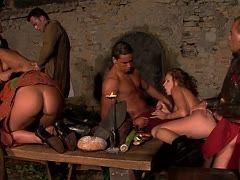 Große Orgie-Pornos Echte Porno-Videos