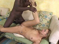 Der dicke schwarze Schwanz in Oma GroГџe Beute asians Pornos