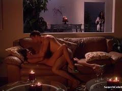 Leidenschaftlicher sex im bett